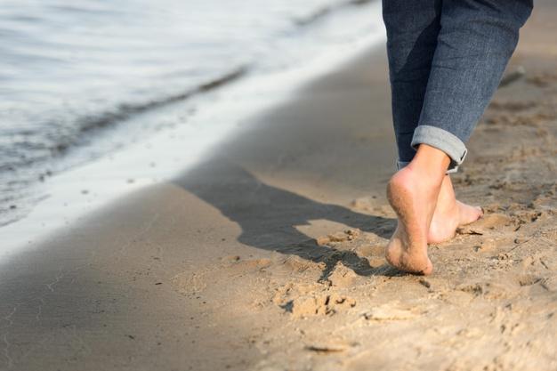 รองเท้าแตะรัดส้น ผู้หญิง